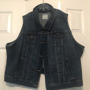 Old Navy sleeveless blue jean jacket